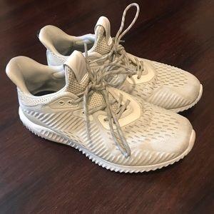 Adidas bounce sneakers in beige